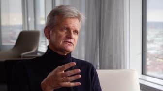 """""""De CANDOR-data som presenterats vid ASH att Kyprolis med dexametason i kombination med daratumumab kan ge djupa och varaktiga behandlingssvar hos patienter med relapserande och refraktär sjukdom"""", säger Ulf-Henrik Mellqvist."""
