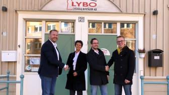 Från vänster: Anders Kyrk (Acon), Carina Hellström Edvinsson (LYBO), Joel Sandow (Acon), Peter Lindholm (LYBO)