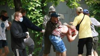 Ukraina: Våldsamma attacker, diskriminering och utbredd homofobi