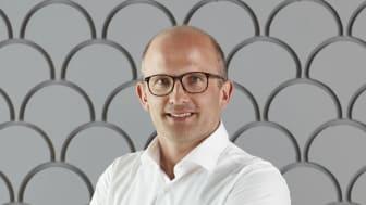 Mios vd Björn Lindblad
