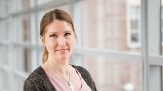 Sofie Lundström arbetar som universitetsadjunkt på Högskolan Väst där hon främst undervisar inom psykiatrisk omvårdnad på specialistsjuksköterskeprogrammet.