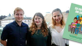 Johan Andersson, Ida Gunge & Sabina Gušić vid Kunskapscentrum migration och hälsa har skrivit boken.