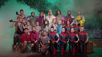 Hela ensemblen i Robin Hood The Musical