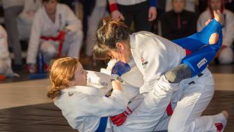 Träna kampsport med IKSU kampsport