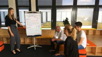 Beim Bayernwerk in Regensburg wurden ein Jahr lang neue Arbeitsmethoden und -welten getestet. Mit Erfolg!