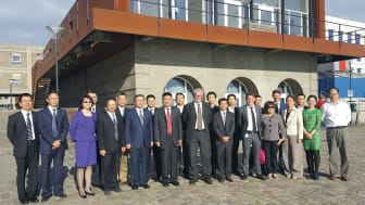 To kinesiske delegationer er på besøg i Danmark