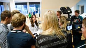 Säkra din plats! Det är alltid stor uppslutning från media under våra pressträffar. Foto: Bildbyrån.