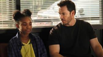 Saniyya Sidney som Amy Bellafonte och Mark-Paul Gosselaar som  Brad Wolgast i The Passage som  visas på FOX måndagar med premiär den 21/1 kl 22.00.