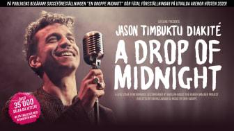 """Jason """"Timbuktu"""" Diakité intar Harlem Stage i New York med föreställningen """"A Drop of Midnight"""" som även gör Sverigeturné"""