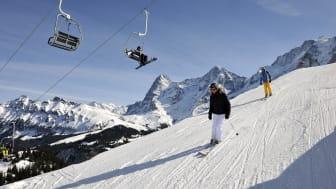 Skifahrer am Allmiboden Sessellift