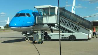 KLM flygplan på Linköping City Airport