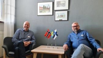 Från vänster Leif Pääjärvi, utbildningsstrateg och Leif Lahti, direktör på Utbildning Nord.