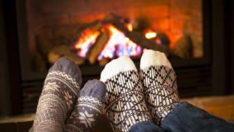 Gefrorene Füße auftauen. Bild: Elenathewise | fotolia