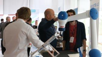 I samband med Robotkonferensen arrangeras även en mini-utställning med några av de ledande leverantörerna av digitalisering och automation.