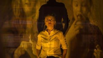 Skådespelare Sylvia Rauan som Laina. Foto Elias Lindén.