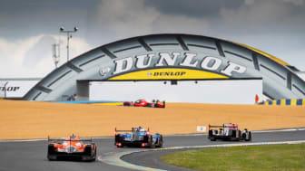 G-Drive Racing heading under Le Man's Dunlop bridge