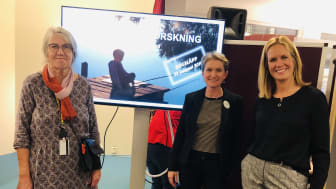 Lena Nilsson och Emma Sorbring från Högskolan Väst tillsammans med Åsa Kåryd från Vara kommun.