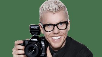 Bingo Rimér har fotograferat 2012 års Svenska Kalenderflickor