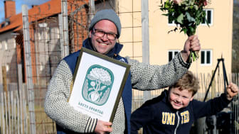 Andreas Andersson med sitt Odla i Skola vinner Årets spadtag 2021.