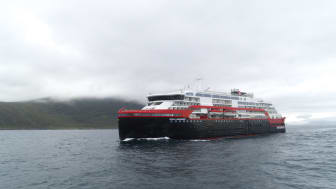 Hurtigruten MS Roald Amundsen 005 - hybrid powered - photo Hurtigruten