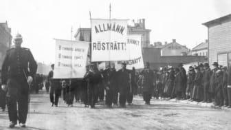 Demonstrationståg i Sundsvall 1899. Källa: Sundsvalls museum