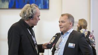 Klaus Bolving giver interview til Aflyttet
