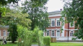 I den fina S:t Larsparken i Lund installerar Malmberg geoenergi åt Hemsö. Totalt 31 byggnader.
