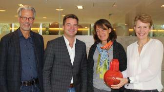 Juryen var imponert, fra venstre Jon Sandnes, Knut Strand Jacobsen, Ann Ingeborg Hjetland og juryleder Kristin Malonæs.