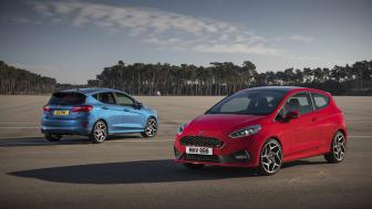 Ford Fiesta ST míří do českých showroomů. Ceny začínají na 522 900 Kč.