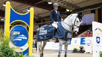 Thomas Ryan, på hästen C. Amelusina R60 vann ATG Riders League i Flyinge
