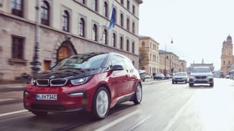 BMW Group solgte over 140.000 elektrificerede biler i 2018