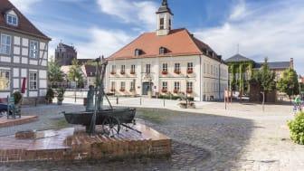 Liebevoll wachgeküsst: Der historische Stadtkern von Angermünde. Foto: TMB-Fotoarchiv/Steffen Lehmann.