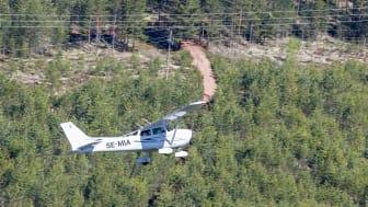 Ett skogsbrandbevakande flyg ute på uppdrag. Foto: Tomas Wiklund, Frivilliga flygkåren