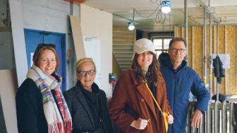 Grand North och Berghs School of Communication inleder ett samarbete. Sofia Klasson, Cecilia Sjödin, Maxime Jonsson och Pelle Rumert kollar in renoveringen av de nya lokalerna.