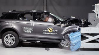 Range Rover Evoque Frontal offset impact test, April 2019