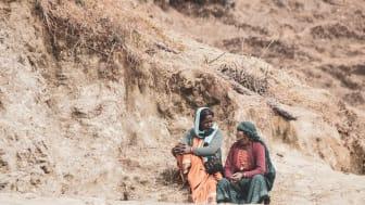 Två folkvalda byrådsledamöter som ingår i The Hunger Projects ledarskapsprogram i Indien.