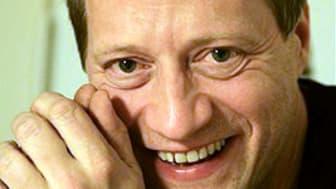 Miljondollarinvestering och musikstipendium till Sven Ahlbäck