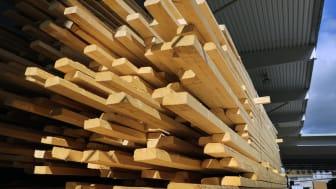 Skivmaterial, tryckimpregnerat virke och trävaror var de tre kategorier som växte starkast under andra kvartalet.