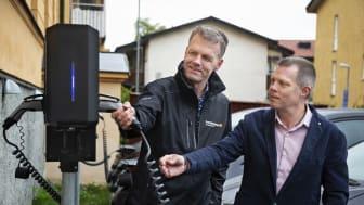 Steve Nyström, Linköpings stift och Leif Klasson, Elektroskandia