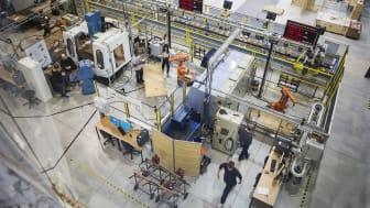 Tre industridoktorander från Högskolan Väst medverkar i den nya företagsforskarskolan Smart Industry Sweden.