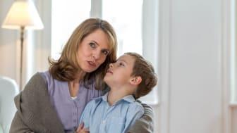 Das Gehör von Kindern entwickelt sich in den ersten Lebensjahren und ist in dieser Zeit besonders empfindlich. Auch beim kindlichen Hören sind Hörakustiker die kompetenten Ansprechpartner. Bild: FGH