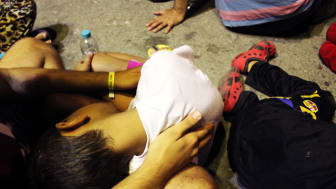 Grekland: Helvetiska förhållanden för flyktingar på ön Kos