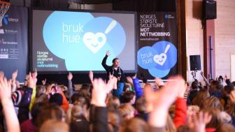 41.000 barn fikk i 2017 kunnskap om hvordan de kan oppnå mobbefrie hverdager gjennom Telenors Bruk Hue-kampanje. Foto: Martin Fjellanger.