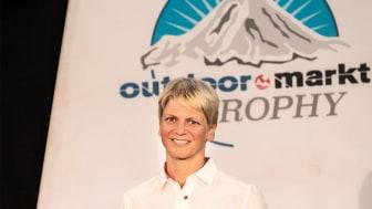 """Simone Mayer, Sprecherin der Geschäftsleitung von Maier Sports, ist """"Outdoor-Persönlichkeit des Jahres 2018""""."""