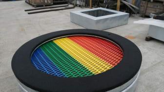 Omonterad trampolin