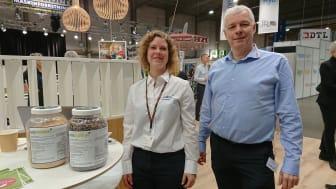 Ina Karlshøj Julegaard, Unibio, og Arne Ringsing, Danish Agro, fortalte om Uniprotein® og forskningsprojektet på NutriFair den 16. januar 2020. Derudover kunne besøgende høre mere om produktet på Danish Agros stand på messen.