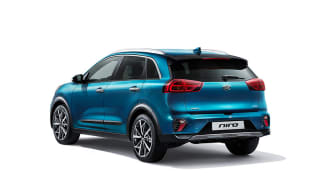 kia_pressrelease_2019_PRESS_850x567_HEV-rear-white