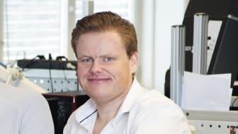 Pål Fredrik Berg, Kategorisjef, Komplett