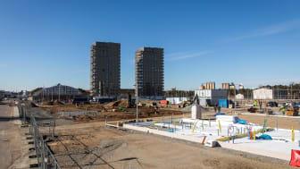 Bygget av Brf Ribbhusen är nu igång. Sammanlagt bygger Riksbyggen cirka 700 bostäder vid Spårvagnshallarna.
