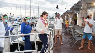 Hi-res image - Lia Ditton arrives at Waikiki Yacht Club, Hawaii